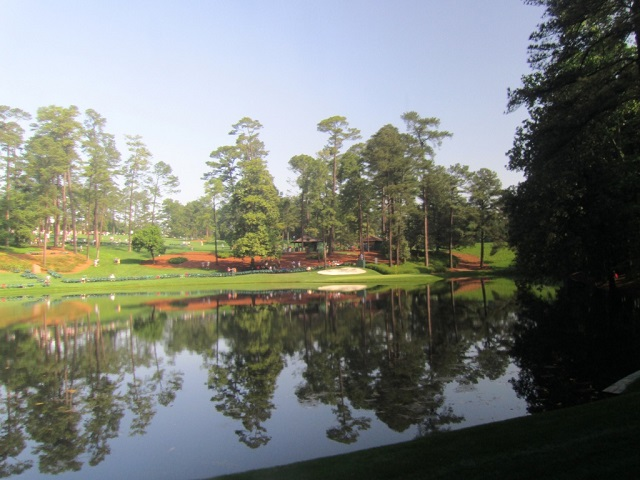 first-view-of-gc-ikes-pond-par-3