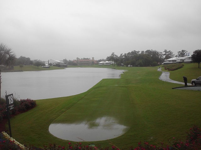 _7 wet 18th tee hole