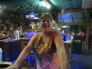 Mo (Maureen) the bartender makes a fun place even more fun!