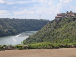 The views of Altos de Chavon and the river gorge on Dye Fore are to die for!