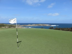 Looking back from the 14th green, evidently Nick Faldo's favorite hole at NSWGC.