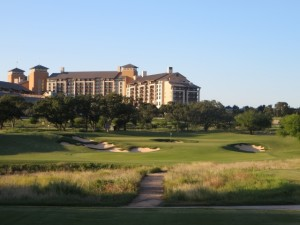 Here is a great combination—golf (the par-3 16th) and resort living at TPC San Antonio!