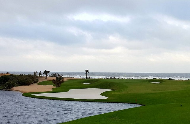 the gorgeous and all inspiring 174 yard par 3 17th hole on the social media preview  the ocean course at the hammock beach resort   rh   andygolftraveldiary