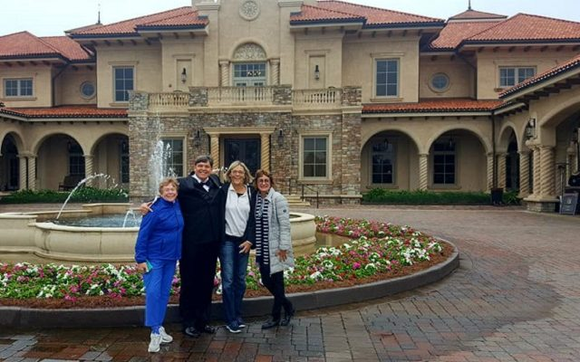 The Clubhouse at TPC Sawgrass: Where Golfers Golf & Golfers Meet for a Tour too!